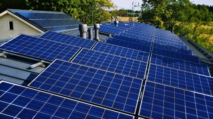 solarvoima-aurinkosahko-kokemuksia-laajennus2